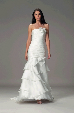 White  Shoulder Dress on Spring 2011 Wedding Dress One Shoulder White Mermaid Liancarlo 4852