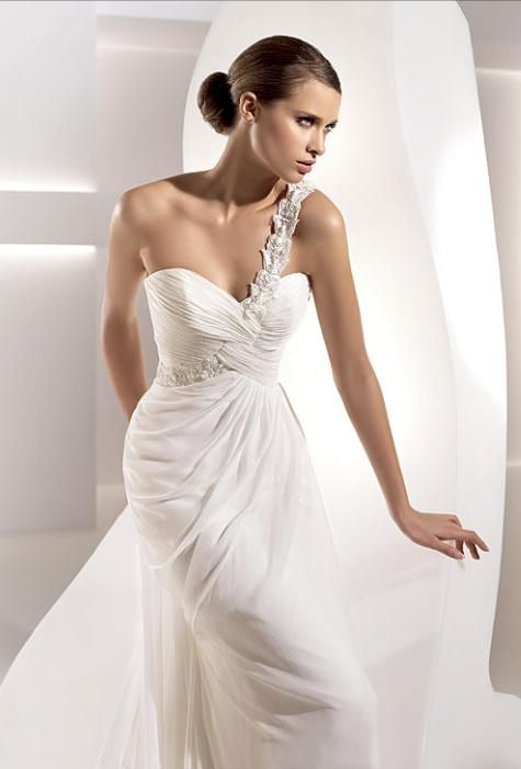 Gabriela dress from Pronovias- one shoulder, sweetheart neck, white and silver wedding dress
