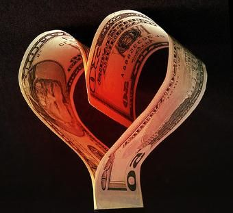 Plan for a successful happy marriage by talking about your finances pre-wedding