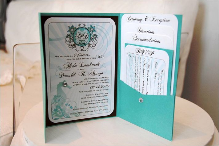 Gorgeous beach-themed wedding invitations that were totally DIY!