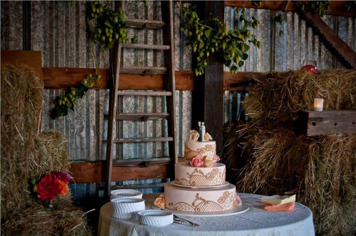 Pin Rustic Vintage Wedding Fantasy Naked Chocolate Cake On