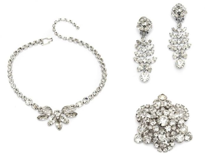 Romantic vintage bridal jewelry- diamante wedding necklace, drop earrings and sparkly bridal brooch
