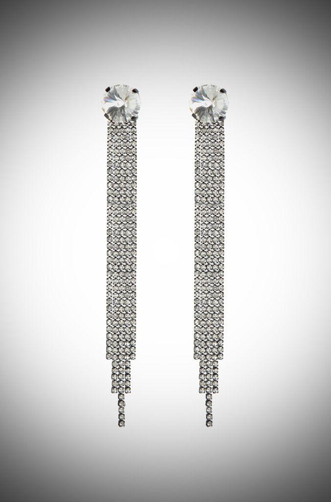 Vintage-inspired long bridal earrings