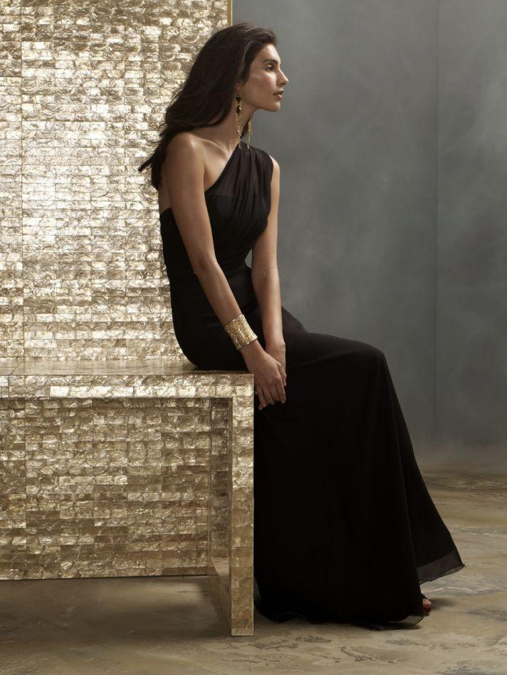 One-shoulder Grecian bridesmaid gown