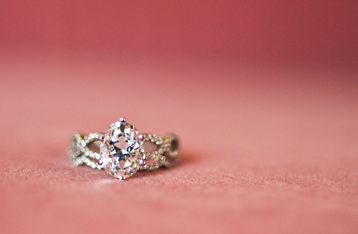 diamond-engagement-ring-pink-wedding-color-palette