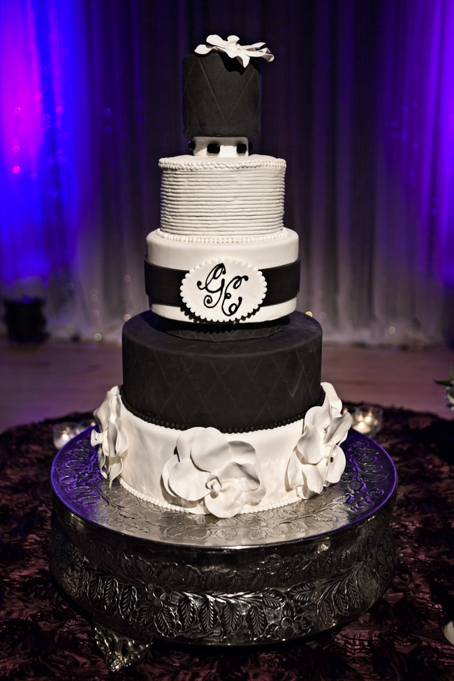 purple white and black wedding cakes nailya s purple outdoor ceremony the 39s 18926