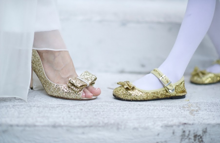 metallic-gold-wedding-shoes