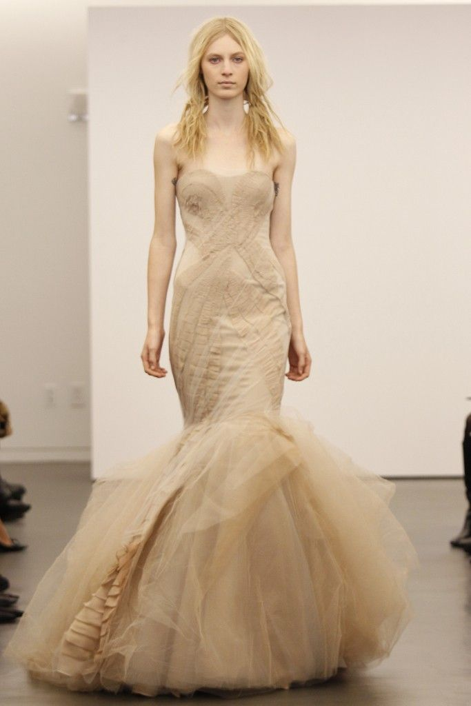 Vera wang s offbeat wedding dress collection fall 2012 for Vera wang wedding dress used