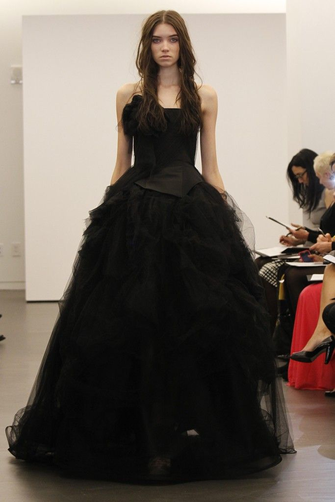 Vera Wang wedding dress, Fall 2012- 6