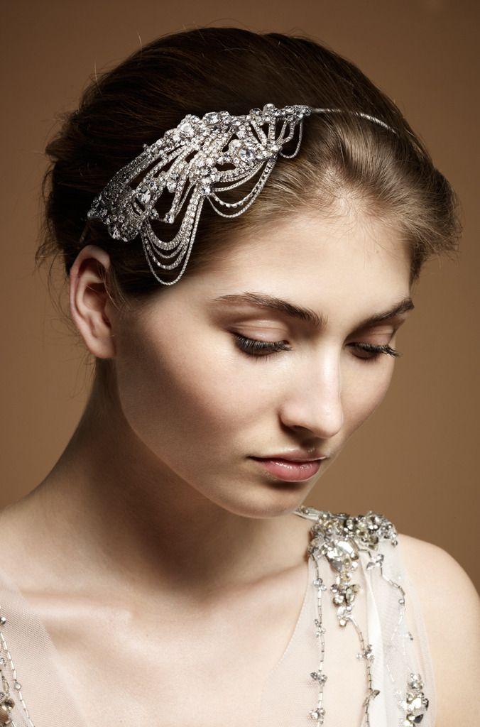 Vintage-inspired bridal headband