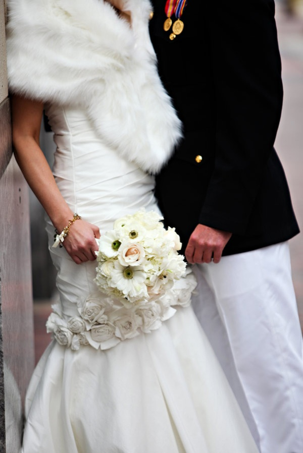 http://wedding-pictures-05.onewed.com/23254/elegant-winter-wedding-military-groom-ivory-bridal-bouquet.jpg