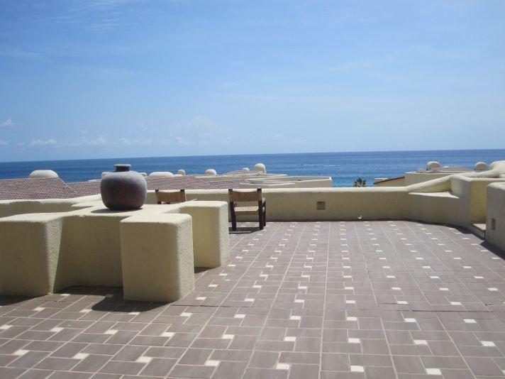 Beautiful Cabo San Lucas for a tropical destination wedding