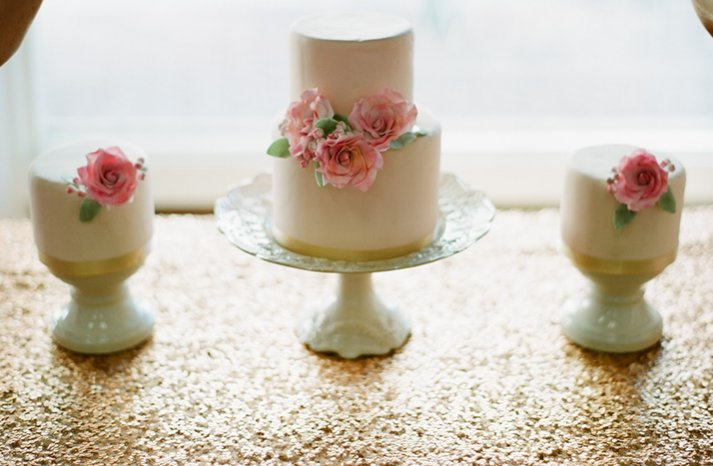Pretty-pink-wedding-cakes-peti-fors