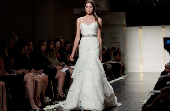 Lace-wedding-dres-lazaro-mermaid