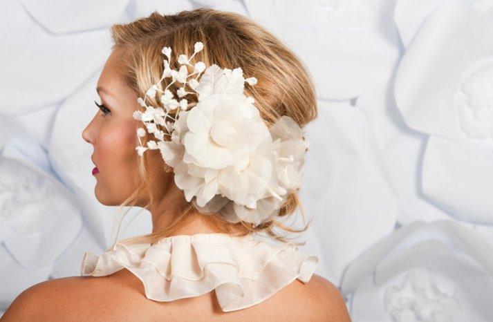 Tess-kim-wedding-hair-flower-ivory