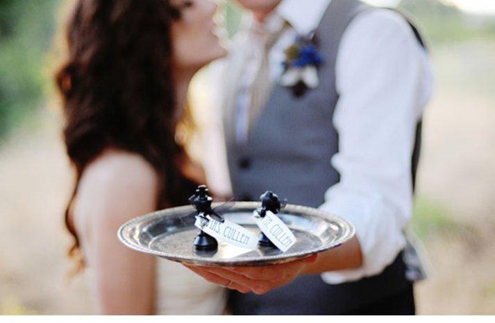 breaking dawn twilight wedding inspiration bride groom kiss