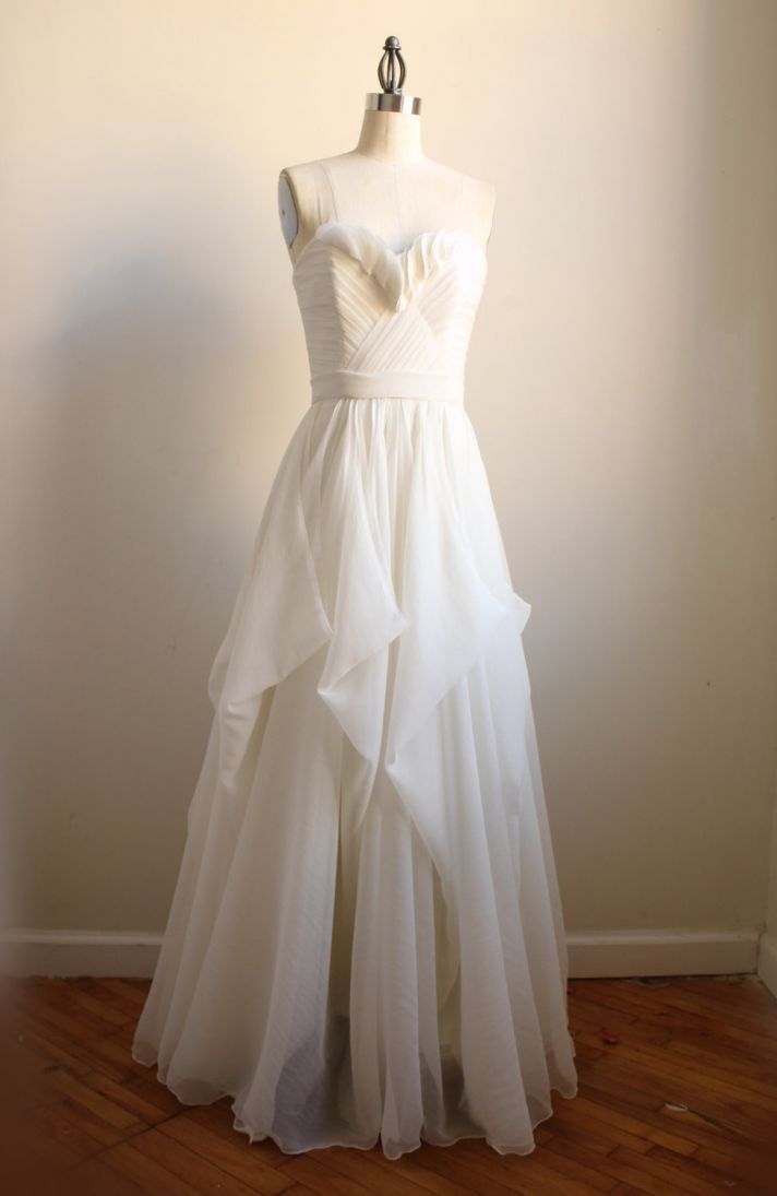 9 etsy wedding dresses we love for 2012 brides onewed for Wedding dresses for bridesmaid