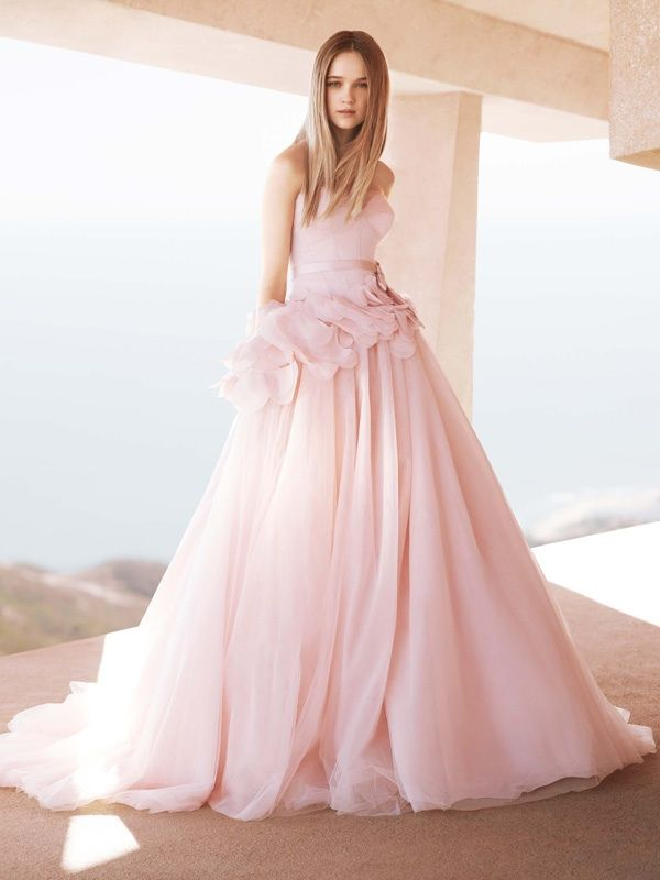 Get jessica biel 39 s white aisle style 9 pretty pink for White vera wang wedding dresses