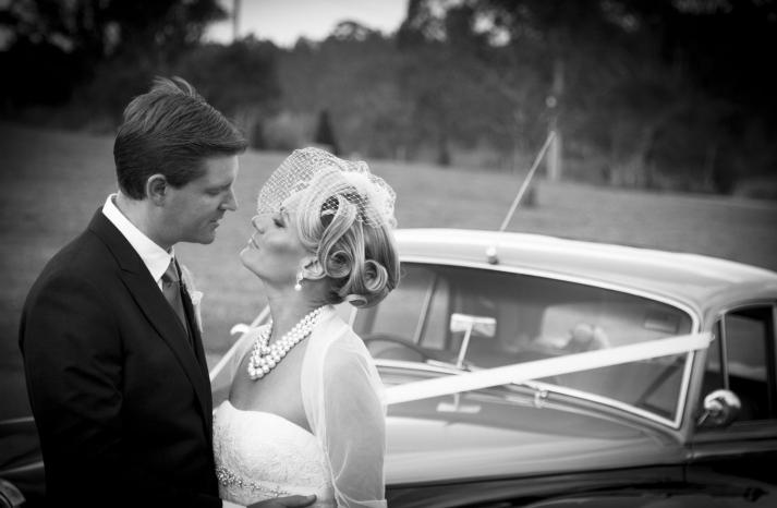 retro wedding hairstyle birdcage veil
