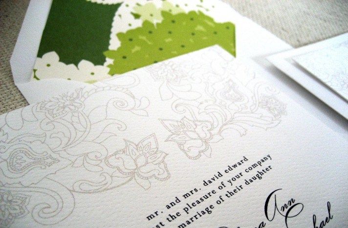 Get Lucky with Green Wedding Pretties