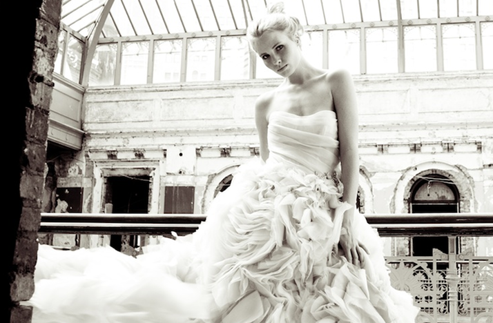 gorgeous 2012 wedding dress by monique lhuillier