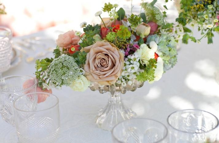 spring wedding flowers outdoor wedding reception centerpiece roses