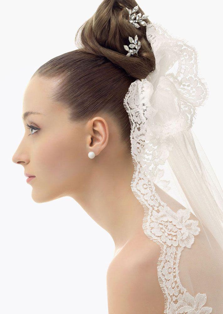 romantic bridal veils by rosa clara bridal bun