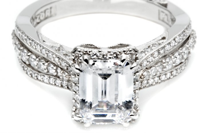 angelina jolie engagement ring lookalikes by Tacori 4
