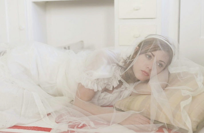 english tulle bridal veil