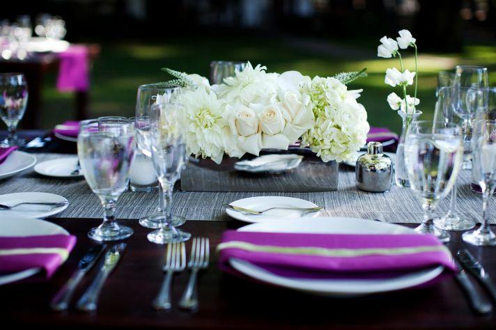 ivory wedding centerpiece low black fuschia tablescape