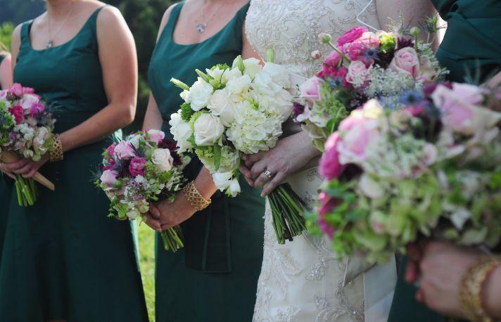 elegant outdoor wedding north carolina bride bridemaid wedding bouquets