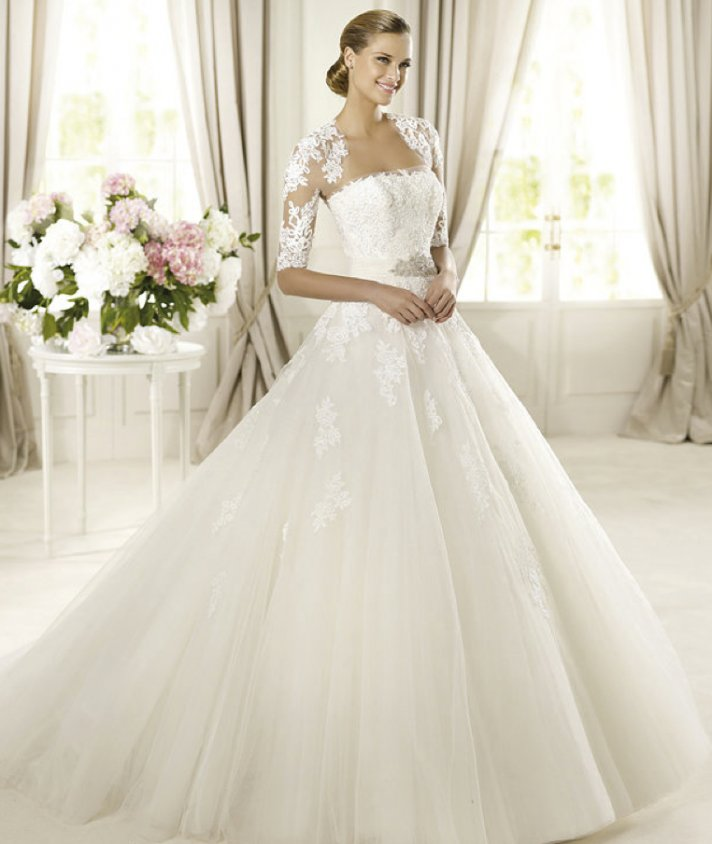 classic wedding dress for church ceremony Pronovias glamour 2013 domingo