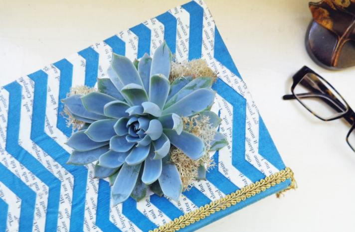 simple wedding centerpieces for a handcrafted wedding with vintage book chevron