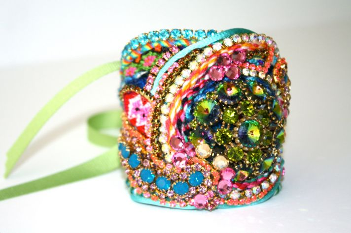 bridesmaid gift ideas bright statement necklace cuff bracelet
