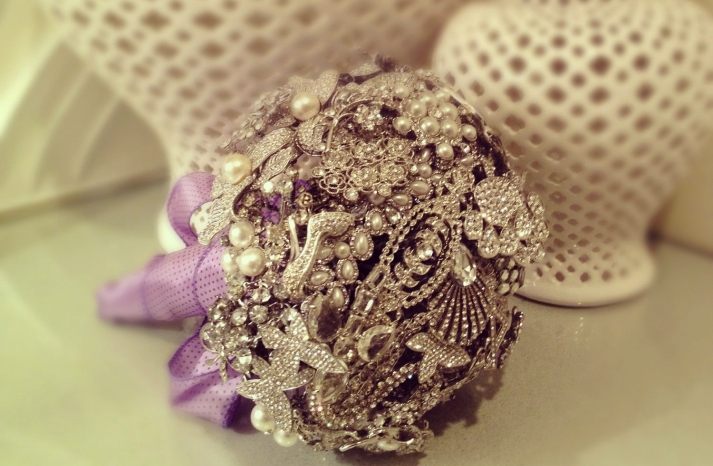 pearl wedding accessories handmade Etsy wedding finds brooch bouquet 2