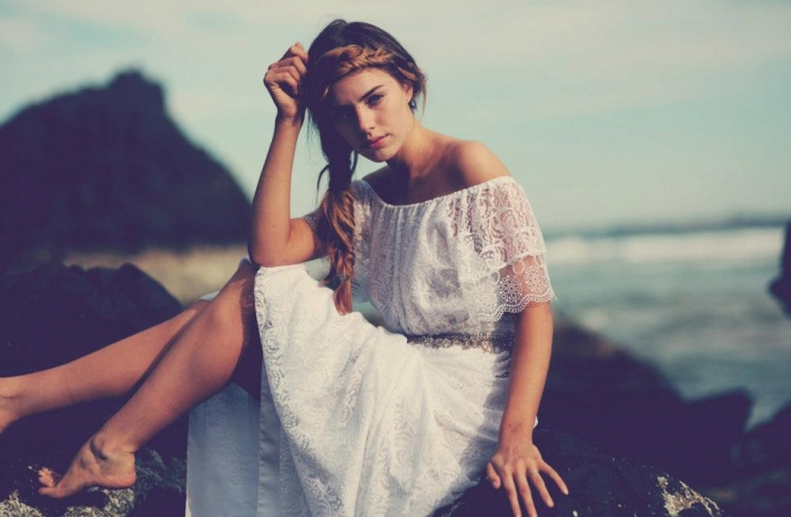 bohemian bride at a beach wedding bridal gown beauty inspiration 9