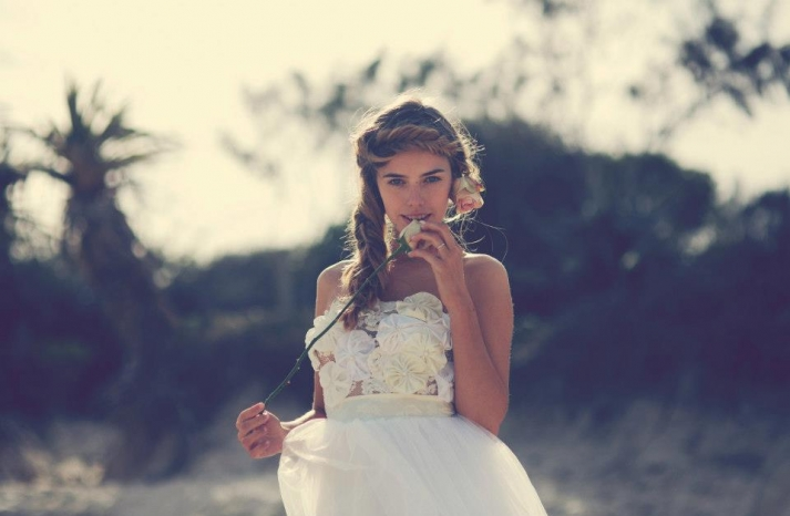 bohemian bride at a beach wedding bridal gown beauty inspiration 17