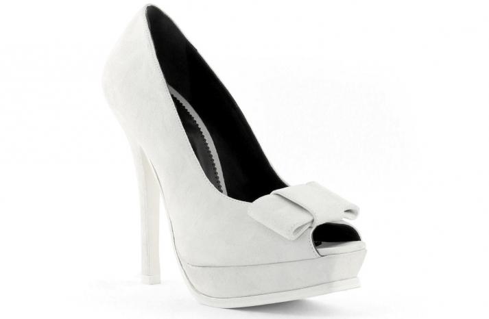 wedding shoes bridal heels by Rosa Clara 2013 6