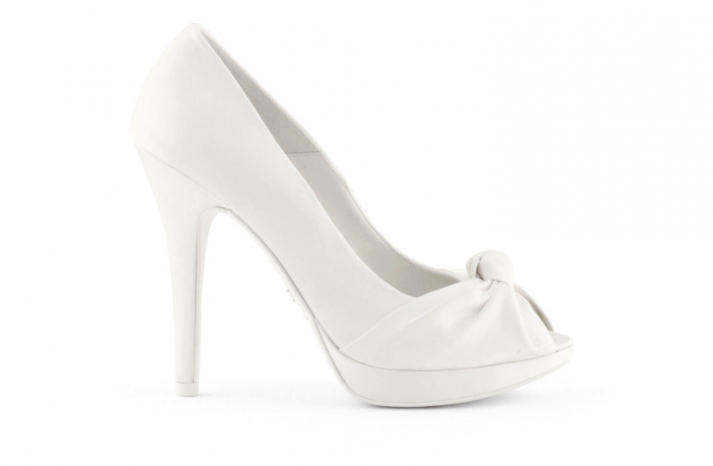 wedding shoes bridal heels by Rosa Clara 2013 knotted