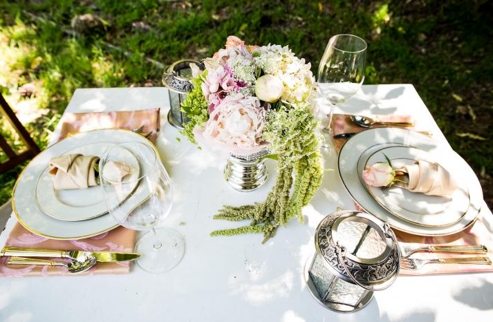 California wedding San Francisco mansion venue elegant bridal inspiration sweetheart table 2