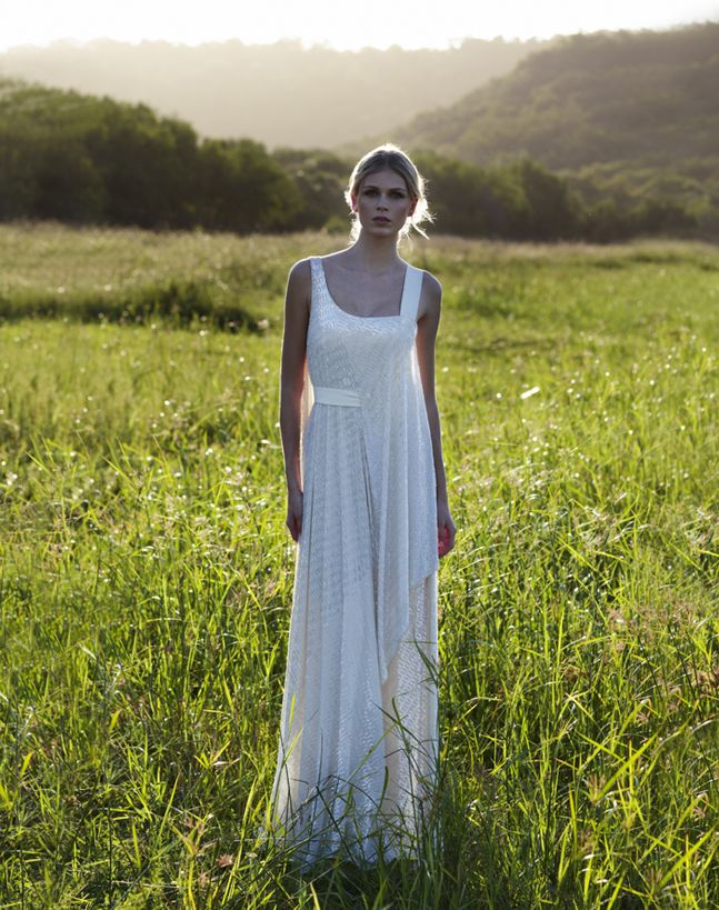 vintage inspired wedding gowns retro glam brides by Amanda Wakely 10