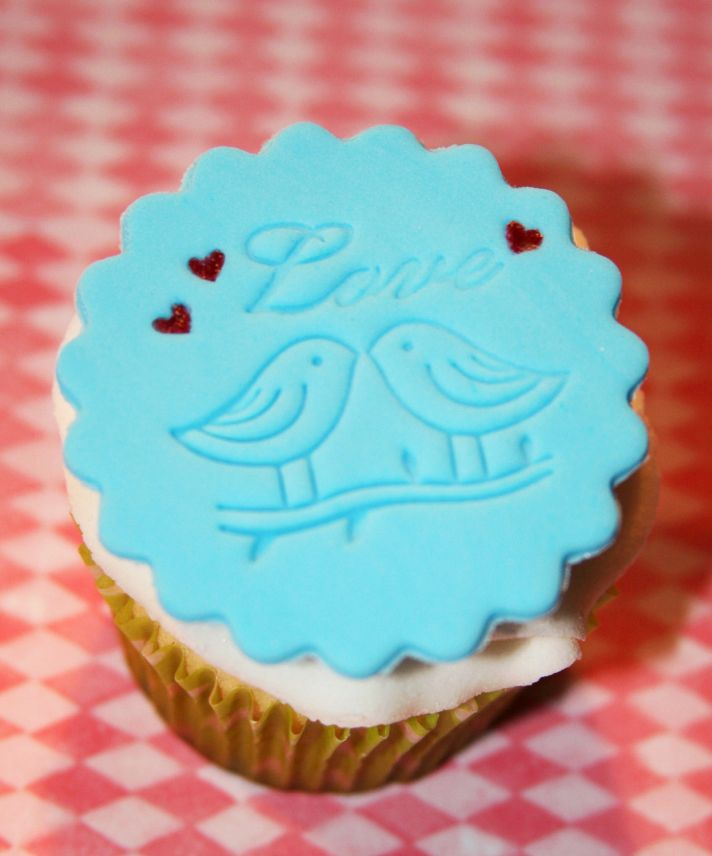 fondant wedding finds to add sweetness to handmade weddings love birds