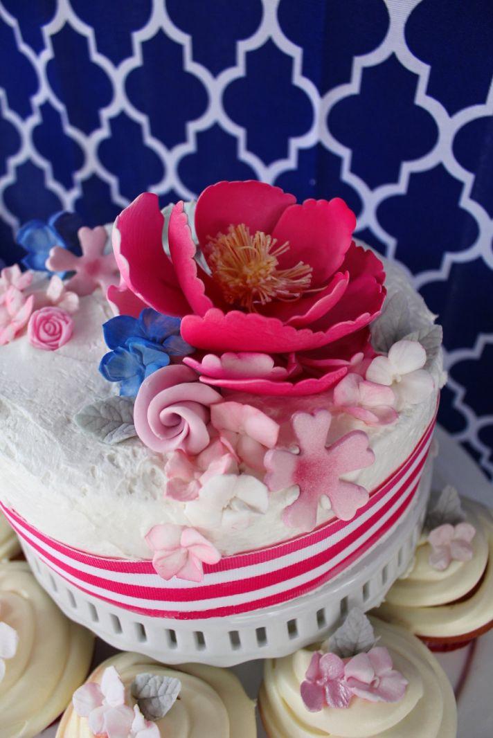 fondant wedding cake flowers pink peonies