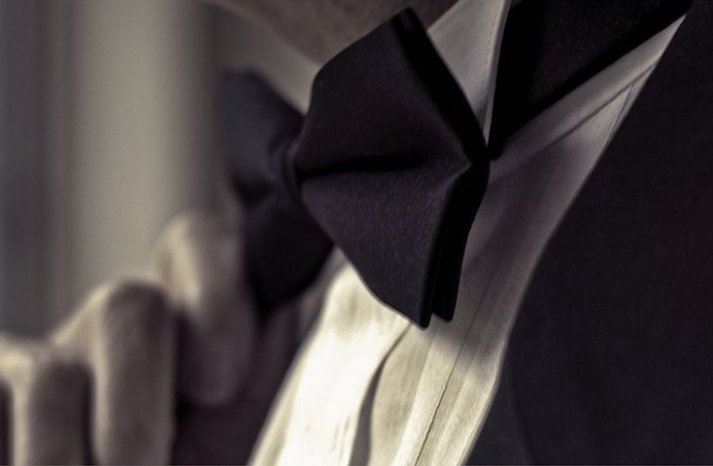 Black-gucci-bow-tie-for-grooms