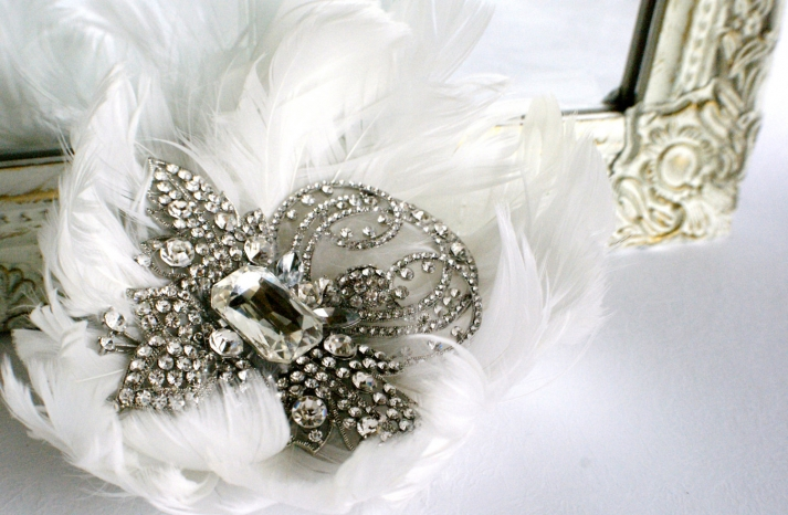 bejeweled bride wedding accessories feather hair comb