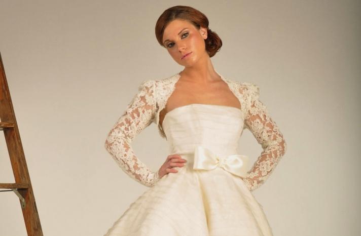 beautiful bridal boleros to top a simple wedding dress 1