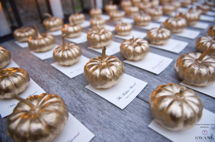 Creative Wedding Ideas Escort Cards at Reception 3 DIYs gold leaf pumpkins