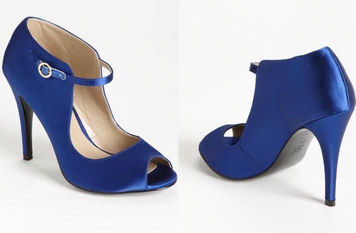 Splurge Worthy Wedding Accessories for a Brides Something Blue 3