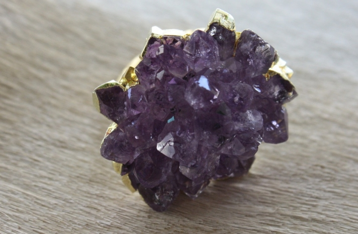 Elegant Wedding Accessories Amethyst cocktail ring