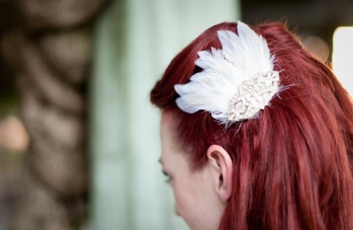 White Feather Fascinator for Vintage Brides